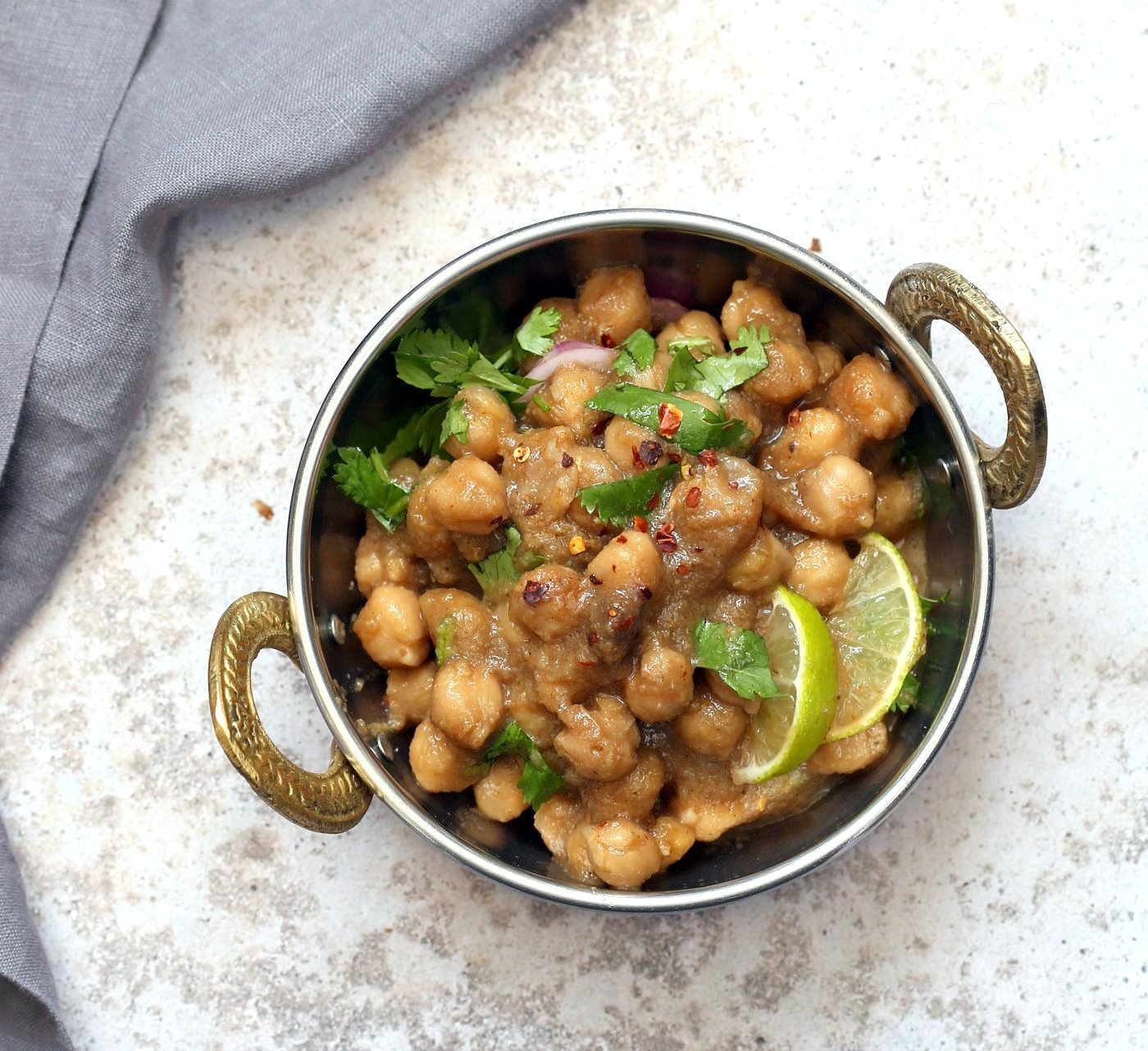 Pindi Chole - Chickpea Curry with Whole Spices. Chickpeas cooked with whole spices then added to a sauce with caramelized onions. Punjabi Chole Adapted from Rawalpindi style Chole. Vegan Gluten-free Nut-free Soy-free Recipe | VeganRicha.com
