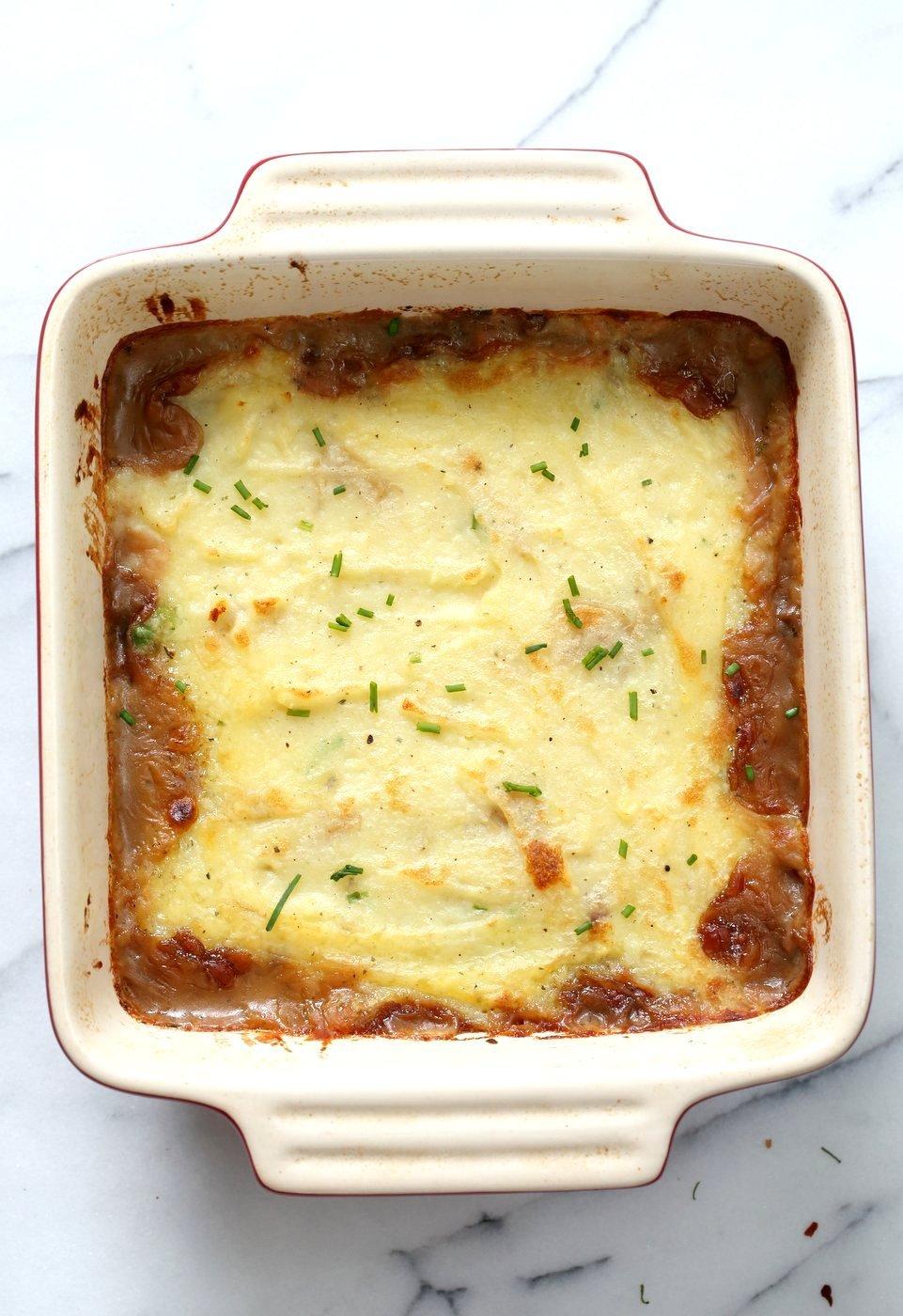 Vegan Shepherd's Pie - Mushroom and Lentil Shepherdless Pie with Gravy and Garlic mashed potatoes. #Vegan #Glutenfree #Recipe. Can be soy-free.#veganricha | VeganRicha.com