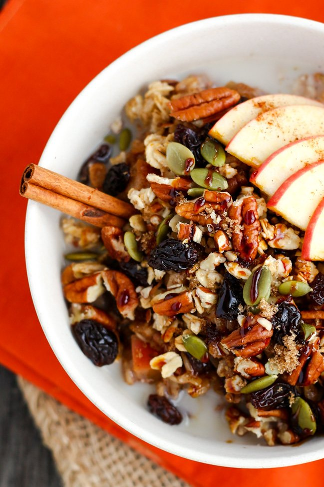 Spiced Apple Breakfast Oatmeal Bowl