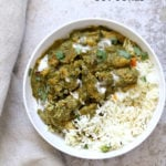 1 Pot Vegan Chicken Saag with Soy Curls. Use seitan, tempeh, baked tofu, chickpeas or chikin substitutes for variation. Soy curls in Spinach Sauce. #Vegan #Glutenfree #Recipe Can be Soy-free and Nut-free #veganricha | VeganRicha.com