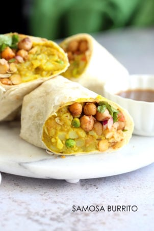 Samosa Wraps - Spiced Potatoes, Chickpeas, Chutney Burrito. Easy Spiced Potato Chickpea Burrito for lunch, picnic or carry out. #VeganRicha #Vegan #Nutfree #Soyfree #Recipe  Easily #Glutenfree