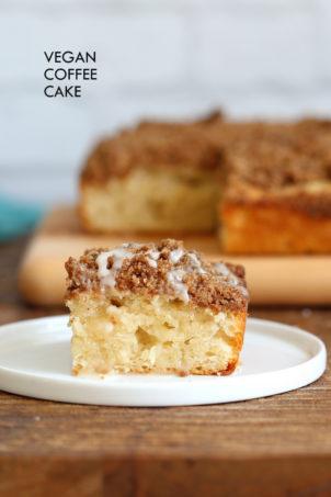 Easy Vegan Coffee Cake Recipe. Simple soft Vanilla Cake topped with a delicious Streusel. Classic Cinnamon Streusel Coffee cake. #Vegan #soyfree #nutfree #Recipe. Glutenfree option#veganricha