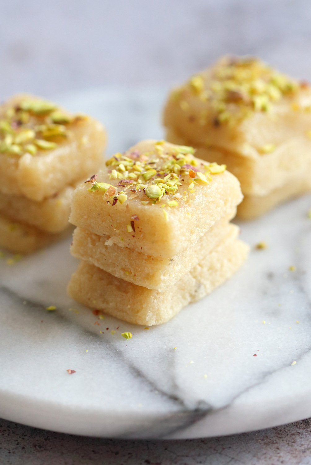Vegan Malai Burfi (Milk Cake)- Indian Fudge Bars. Dairy free Burfi For Indian Festivals. Creamy Cardamom Fudge. #VeganRicha #Vegan #Glutenfree #Soyfree #Recipe.