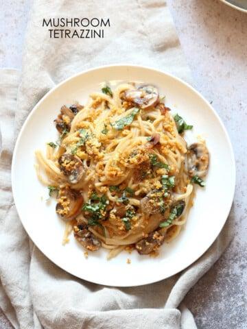 Instant Pot Mushroom Tetrazzini Simple Creamy Comforting Pasta dinner with simple pantry ingredients. 1 Pot Tetrazzini. #Vegan #Soyfree #Recipe.#VeganRicha Can be #nutfree #Glutenfree