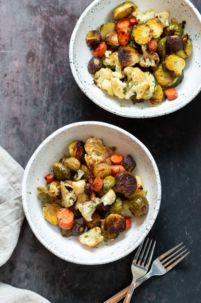 Roasted Brussels Sprouts and Cauliflower with fresh herbs and black pepper. Roasted Veggies Bowl.#Vegan #Glutenfree Nutfree Soyfree #Recipe #VeganRicha