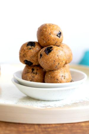 Blueberry Muffin Energy Bites Vegan Grainfree