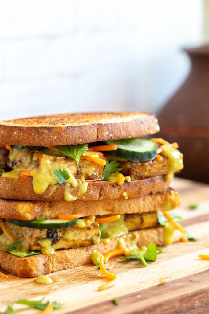 This Curried Tofu Banh Mi is Delicious, refreshing and comes together within 30 mins. Easy Vegan Banh Mi Sandwich with coconut curry sauce! #Vegan #VeganRicha #TofuBanhMi #VeganBanhMi #Nutfree #Recipe Can be glutenfree