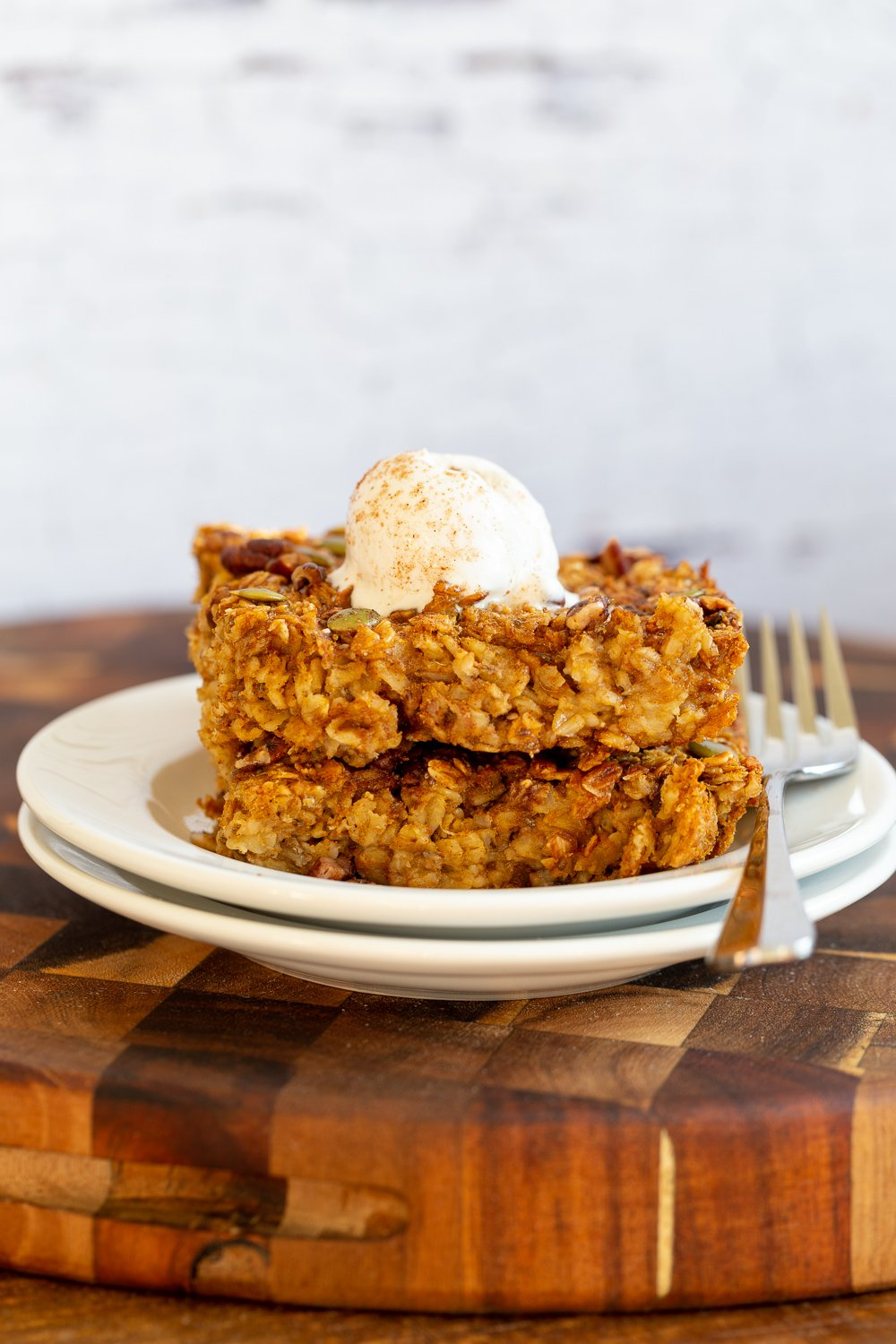 Vegan Pumpkin Baked Oatmeal (No Oil)