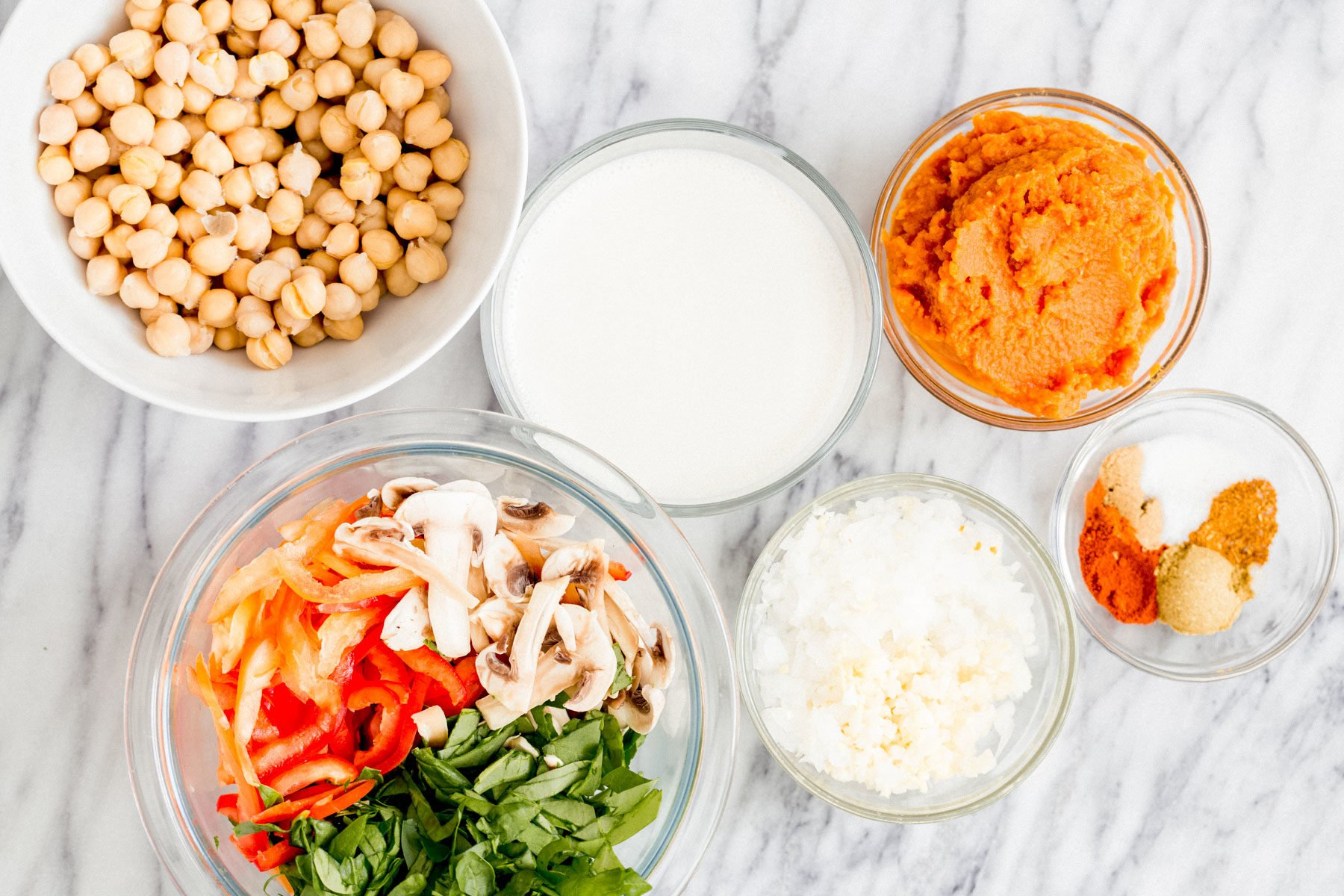 ingredients needed for making vegan chickpea pumpkin curry