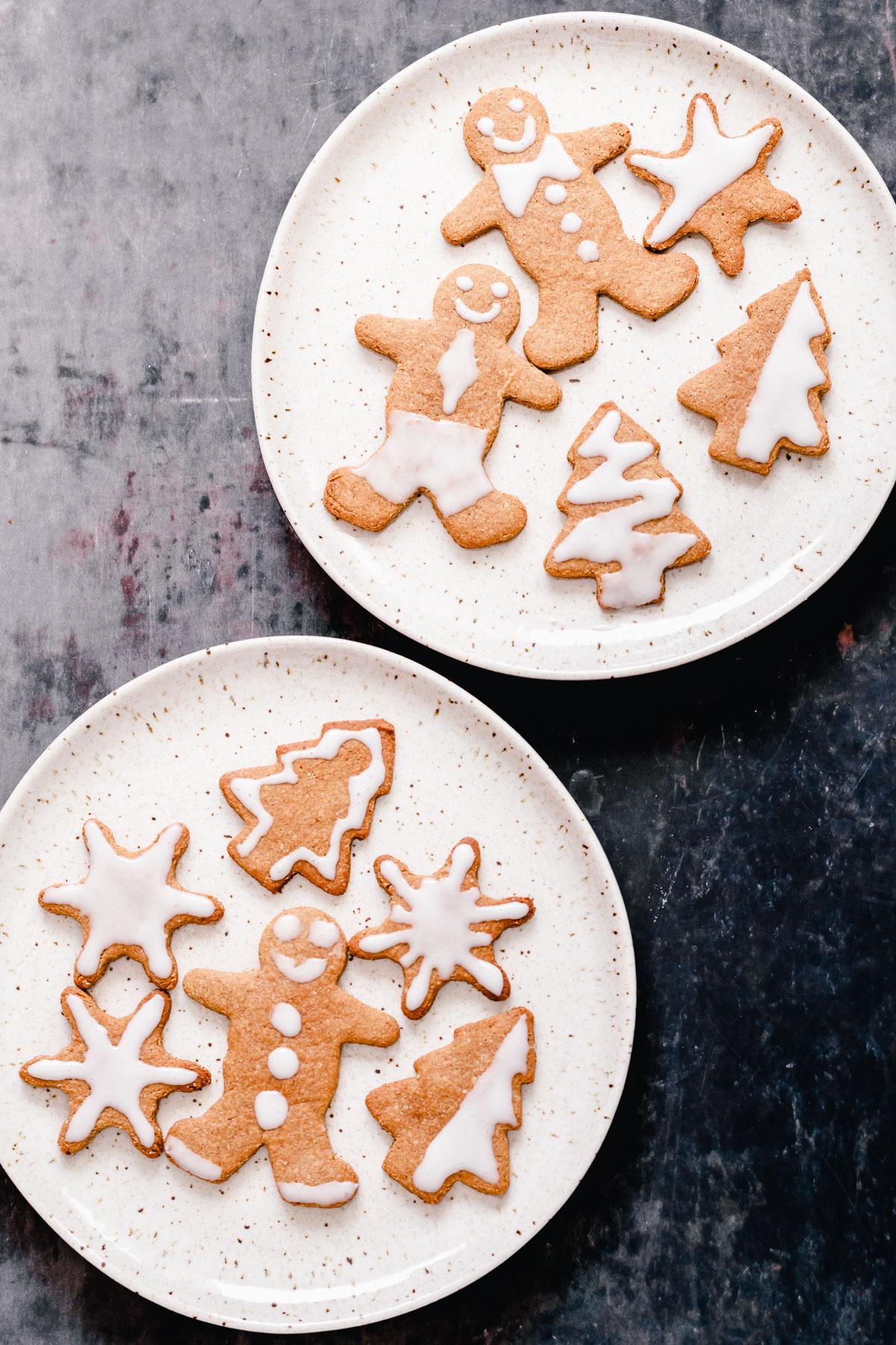 overhead shot of iced vegan gingerbread cookies